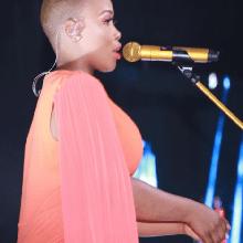 Bucy Radebe – Sikuyo Indlela Mpe download