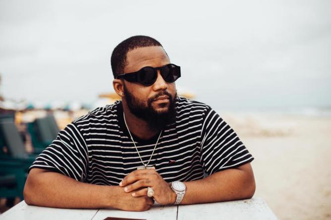 Cassper Nyovest – Move For Me ft Boskasie Mp3 download