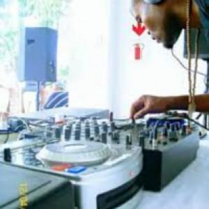 DJ Stiqa & Zeepo – Viva Ft. DJ Propel & C'mbero mp3 download