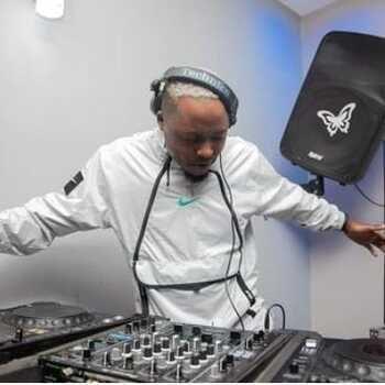 Kelvin Momo – Locked Tune #1 mp3 download